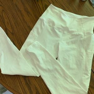Pants - White leggings! Super cute